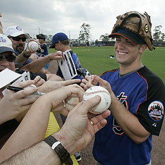 Wright_autographs_240
